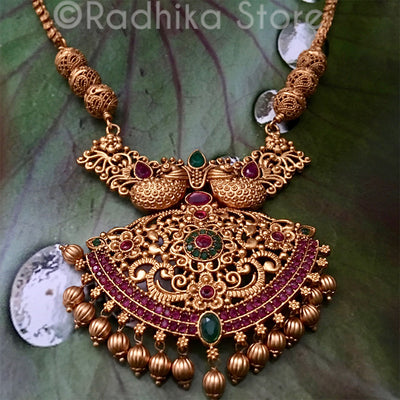 Golden Fancy Tail Peacocks Necklace With Garden Fan