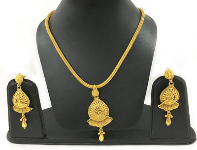 Chandrika With Swirl Fan Design-Rope Necklace And Earrings Set