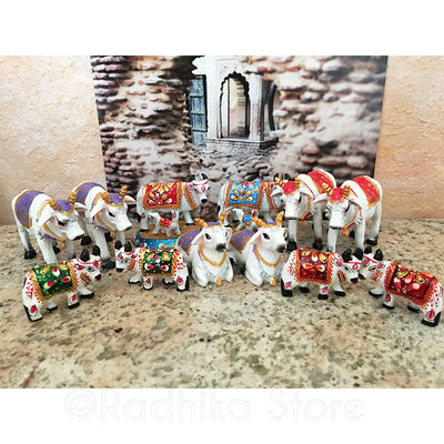 "Tiny Ceramic Green Surabhi Altar Cows Set 1 1/4"" Inche"