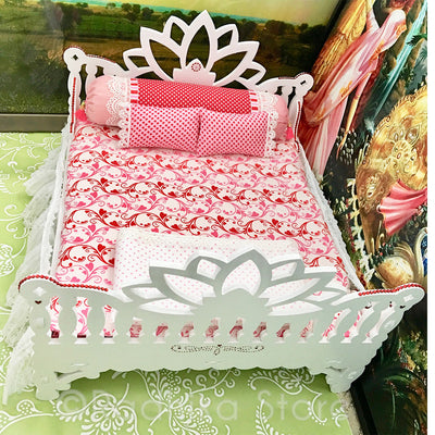"Madhana Mohana - White Lotus - 14 1/2"" Inch Bed"