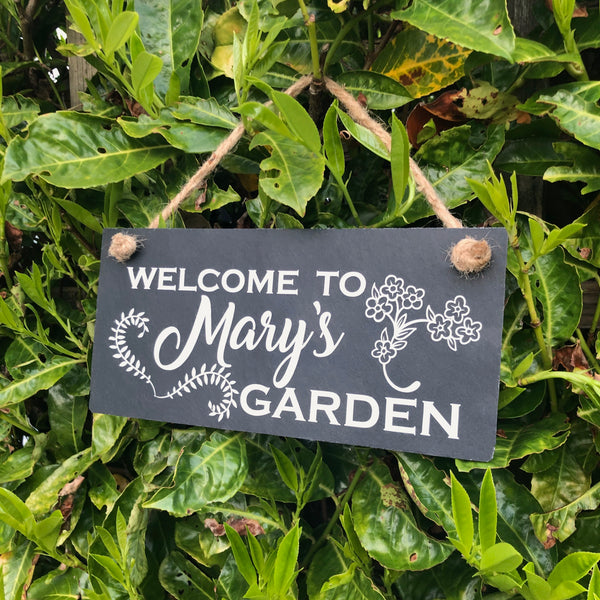Personalised garden sign - Welcome to my garden - Lilybels