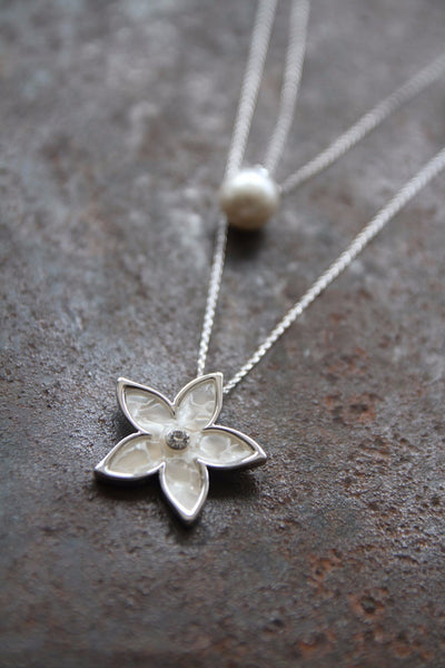 Double-layer Silver-coated Pearl and Floral Necklace