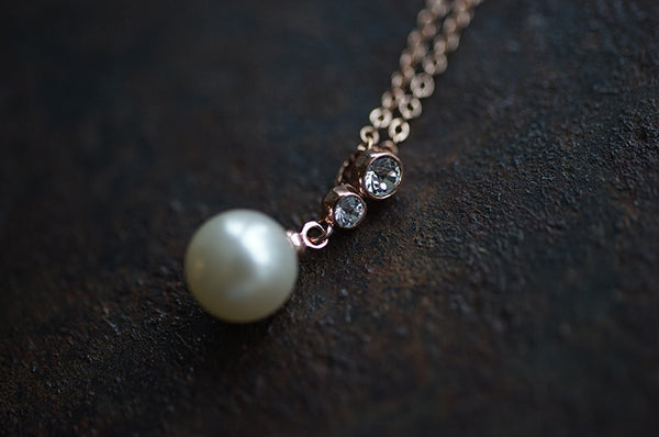 Pearl Pedant Short Necklace