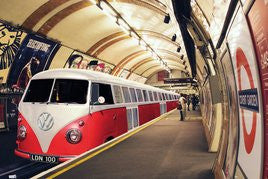 VW Camper Train (24x36) - ARC32676