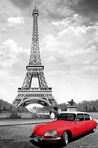 PIN60045 - Paris Kiss with Car 24x36