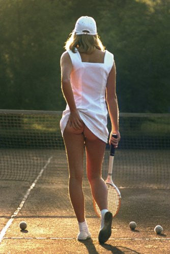 PIN60031 Tennis Girl 24x36
