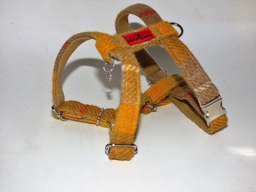 (Urquhart) Harris Tweed Harness - Mustard & Beige Check - BOWZOS