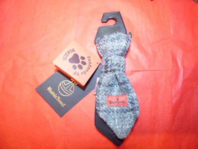 (Greyfriars) Bowzos Harris Tweed Dog Tie - Grey Check - BOWZOS