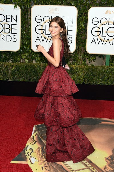 Burgundy Zendaya Coleman Plunging Tiered Ball Gown Dress V Neck Prom Celebrity Formal Dress 73th Golden Globes Awards