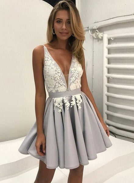 Grey Straps V-neck Applique Stain Pleats Short Homecoming Dresses