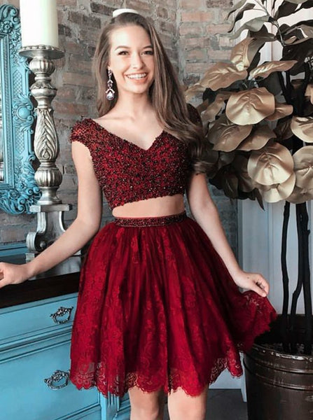 Red Lace Two Piece V-Neck Cap Sleeves Short Homecoming Dresses with Bead Belt