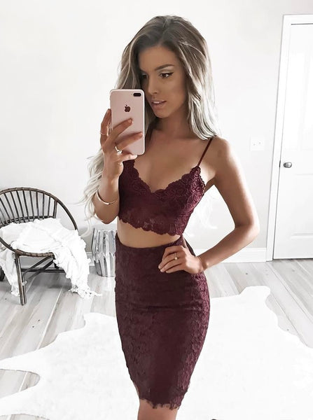 Bodycon Burgundy Lace V-neck Strap Two Piece Short Homecoming Dresses
