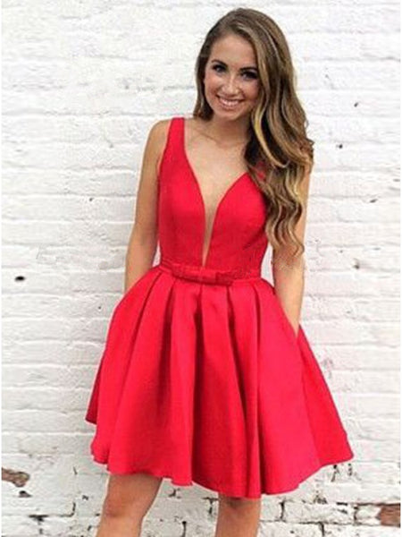 Red Deep V-neck Straps Pleats Short Homecoming Dressed with Bowknot