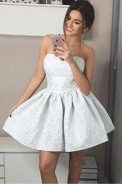 7cfe38e891979 White Strapless Floral Prom Dress Pleated Short Homecoming Dresses