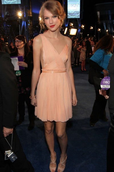 Pink Taylor Swift Short Sweetheart One Shoulder Dress Open Back Prom Celebrity Formal Dress People's Choice Awards