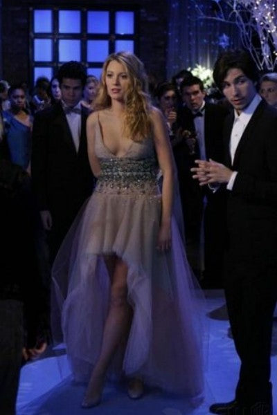 Champagne Blake Lively Sequins V Neck Prom Celebrity Formal Dress Serena van der Woodsen Dress Snowflake Ball Gossip Girl