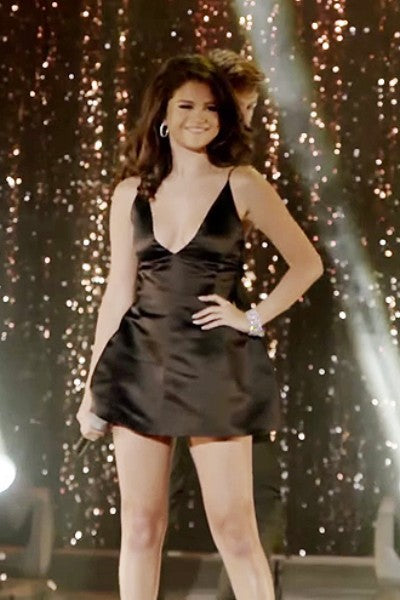 Black Selena Gomez V Neck Low-cut Dress Short Prom Celebrity Dress Same Old Love