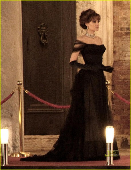 Black Angelina Jolie Off-the-shoulder Dress Ball Gown Prom Celebrity Dress Movie The Tourist