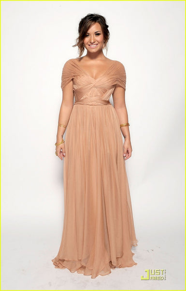 Champagne Demi Lovato Cap Sleeves Ruffled V Neck Dress Off the shoulder Chiffon Prom Celebrity Evening Dress ALMA Awards