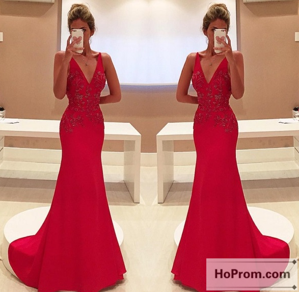 V-Neck Red Memriad Floor Length Prom Dress Evening Dresses
