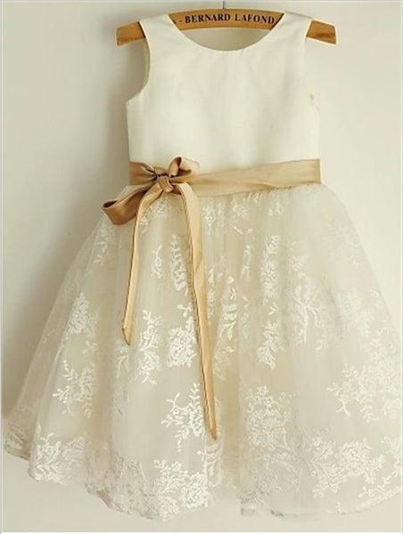 Lace Princess Scoop Tea Length Flower Girl Dresses With Bowknot