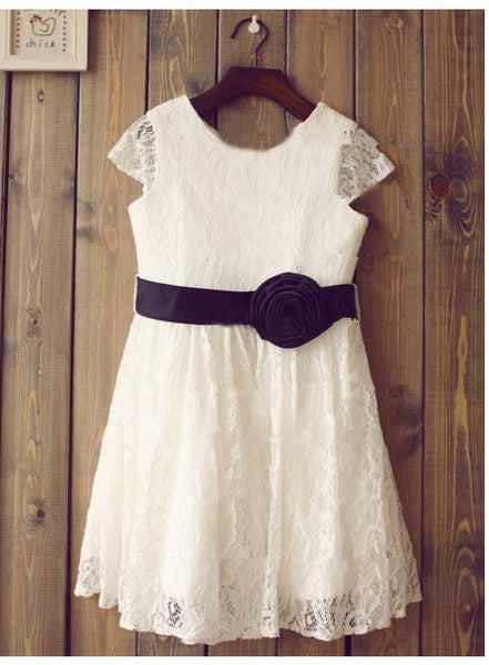 Lace Princess Scoop Short Sleeves flower girls Dresses With Hand-Made Flower