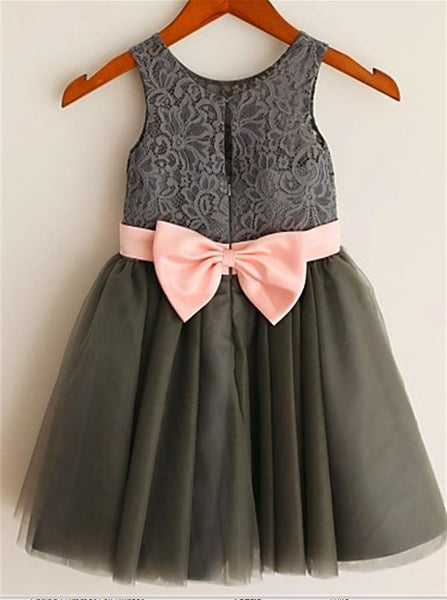 Tulle Princess Sleeveless Flower Girl Dresses Tea Length with Bowknot