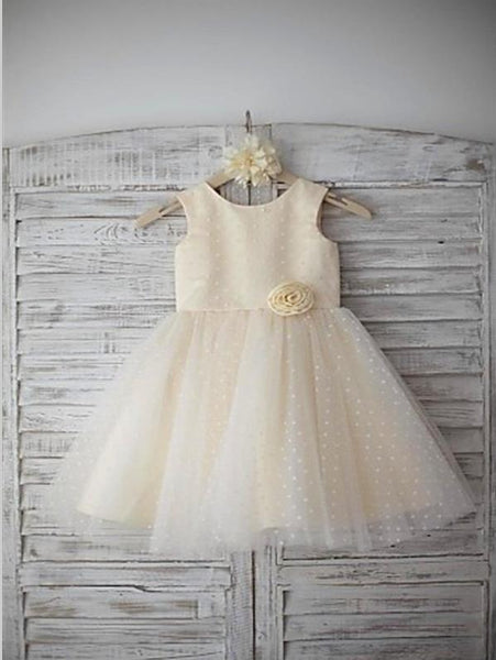 Tulle Princess Scoop Sleeveless Flower Girl Dresses Floor Length With Hand-made Flower