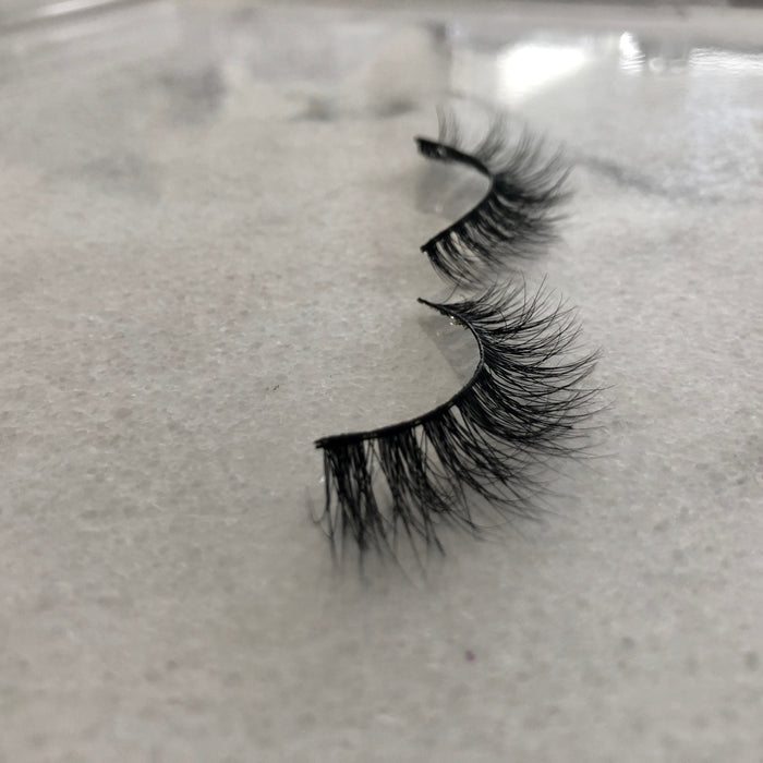 Light Lily-3D mink eyelashes-Flawless Fleur