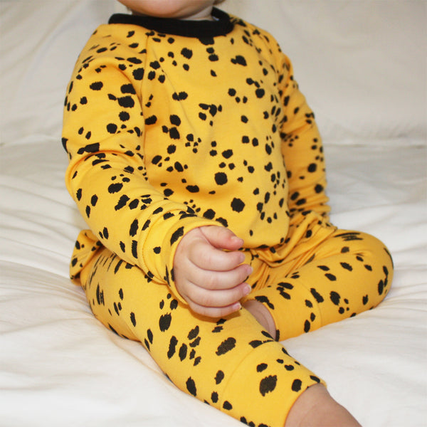 Lounge Set - Yellow Dalmatian Spots