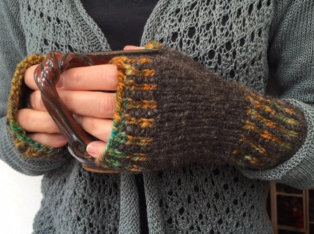Village Road Mitts