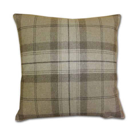 Park Lane Wool Plaid Oatmeal Cushion (43x43cm)