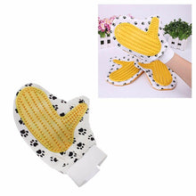 Load image into Gallery viewer, Pet Touch Grooming Massage Hair Removal Bath Brush Glove Dog Cat Hair Comb 4410 (Large Letter Rate)