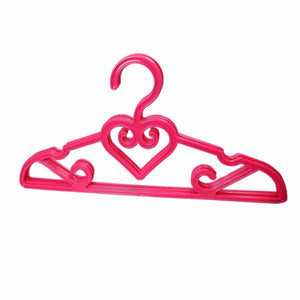 Plastic Fancy Designer Hangers Pack Of 5 Assorted Colours And Design 42cm  2917 (Parcel Rate)