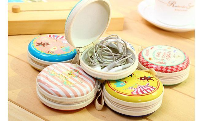 Round Tin Coin Purse / Earphone Pouch 4495 (Parcel Rate)