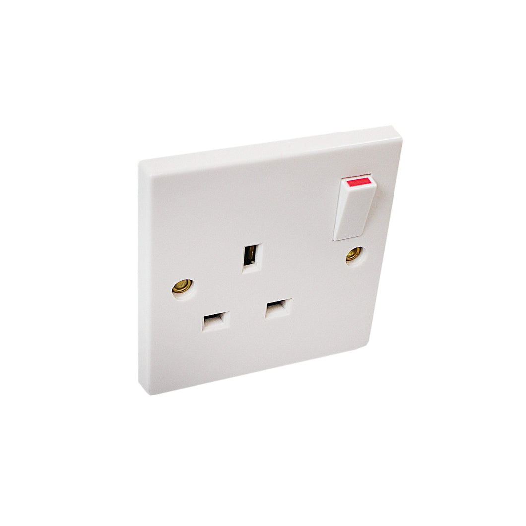 1 Gang DIY Switched Socket Electrical Fittings ES0009 (Large Letter Rate)