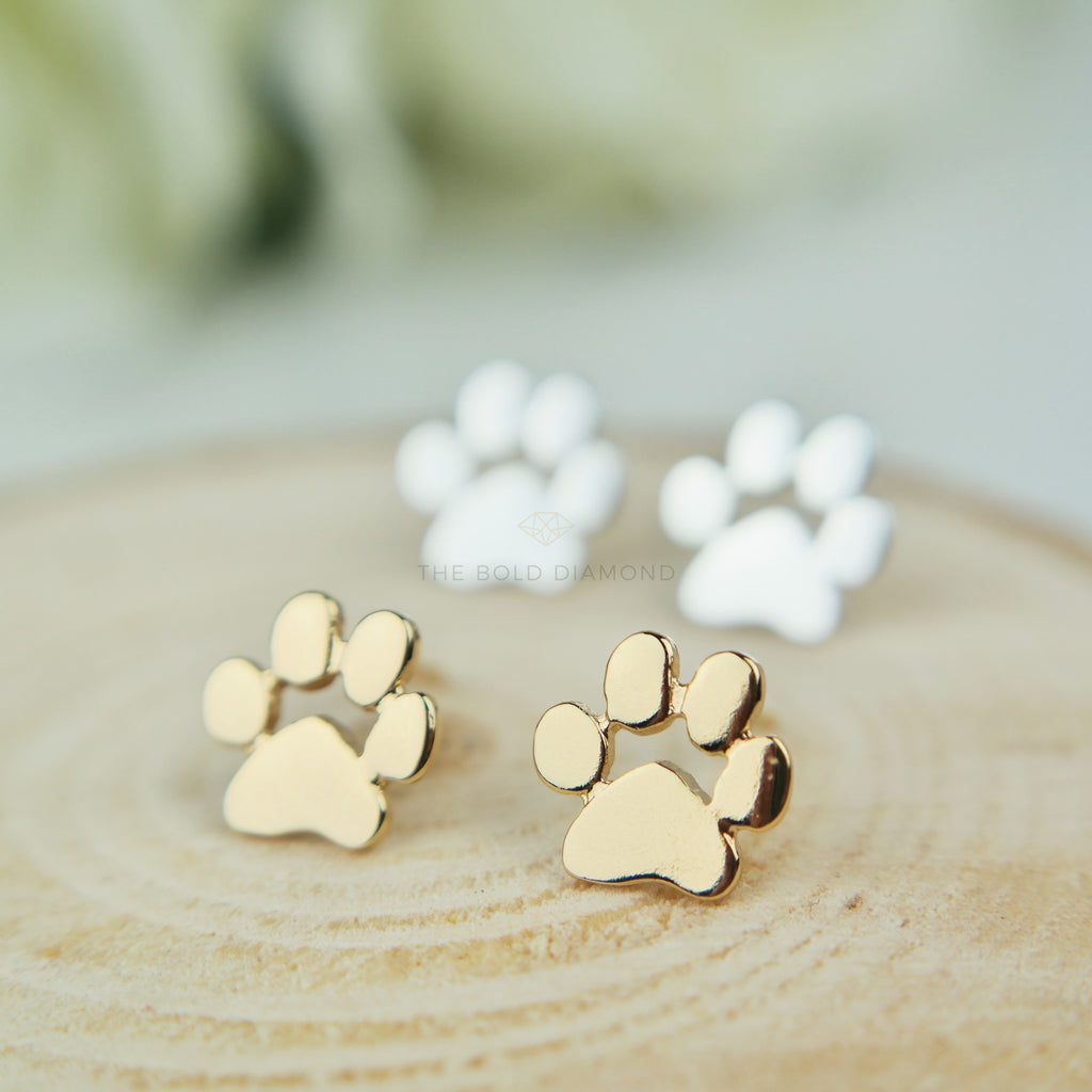 side nily products dow pag gr earrings dog paw lily green stud