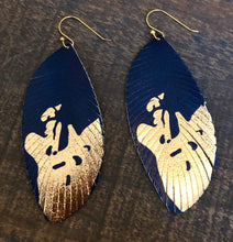Load image into Gallery viewer, Navy & Gold Feathers