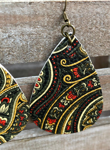 Leather Earrings with Paisley