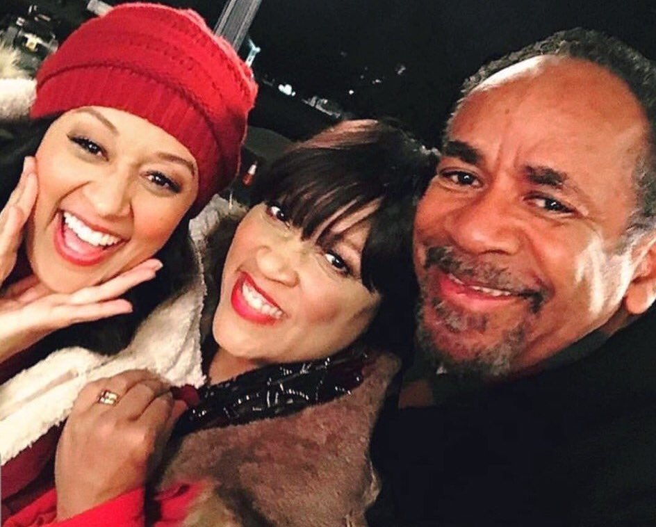"Tia Mowry, Tim Ried & Jackée Reunite for ""My Christmas Inn"""