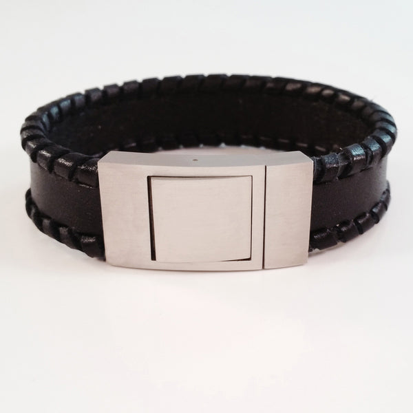 MEN'S BLACK OUTER BRAIDED COW HIDE LEATHER BRACELET WITH BRUSHED STAINLESS STEEL CLASP