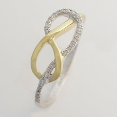 9K SOLID WHITE GOLD & YELLOW GOLD INFINITY RING WITH 26 DIAMONDS.