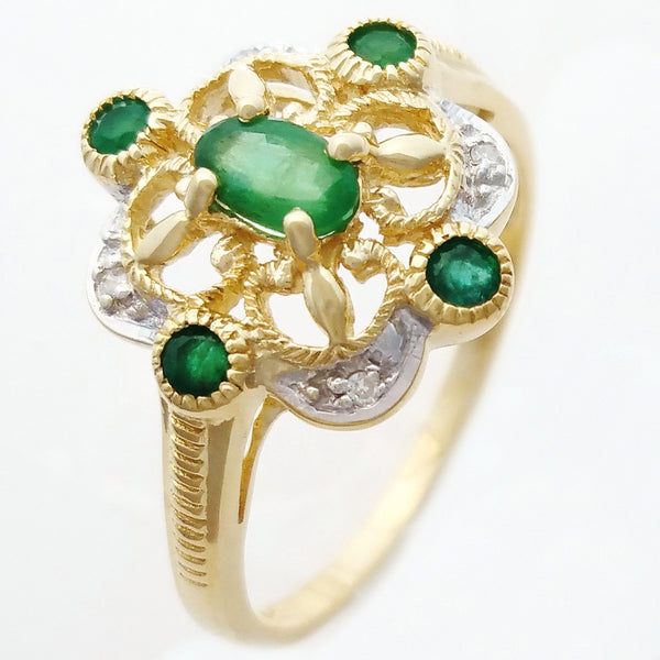 9K SOLID GOLD 0.40CT NATURAL EMERALD VINTAGE STYLE RING WITH 4 DIAMONDS.