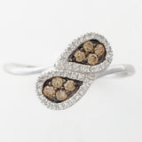 9K SOLID WHITE GOLD 8 NATURAL CHAMPAGNE DIAMOND & 38 WHITE DIAMOND RING.