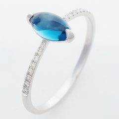 9K SOLID WHITE GOLD 1.00CT NATURAL LONDON BLUE TOPAZ RING WITH 16 DIAMONDS.