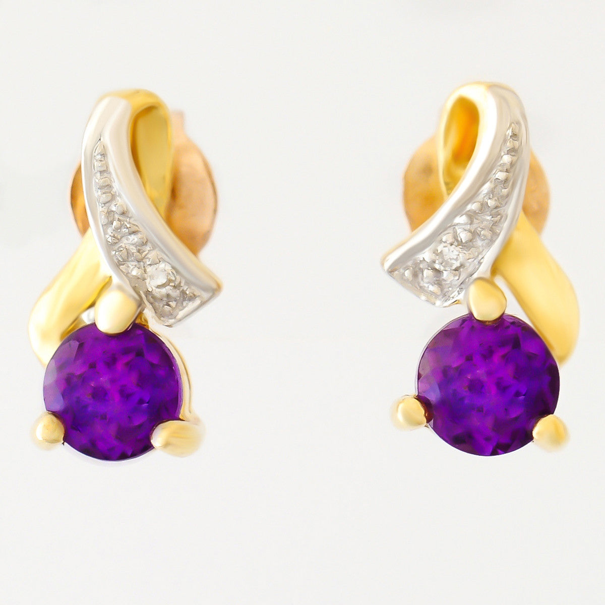 9K SOLID GOLD 0.92CT AMETHYST AND DIAMOND STUD EARRINGS.