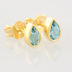 9K SOLID GOLD 0.40CT NATURAL SWISS BLUE TOPAZ TEARDROP STUD EARRINGS.