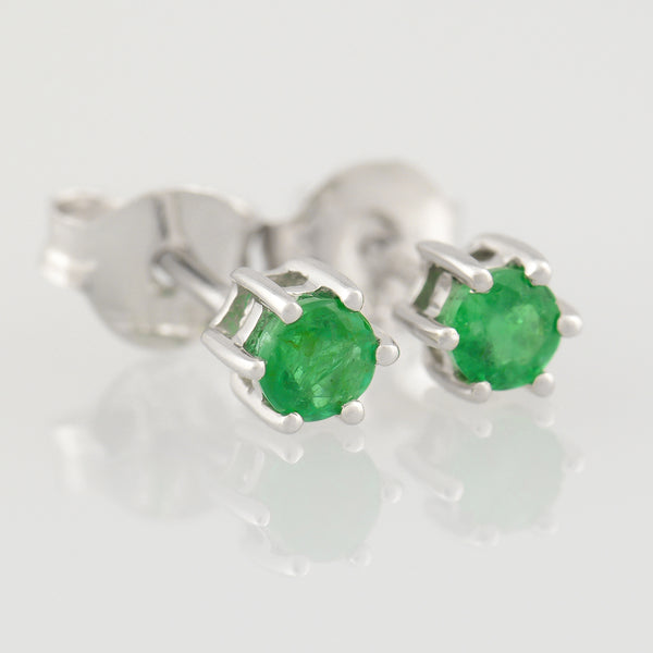 9K SOLID WHITE GOLD 0.30CT NATURAL EMERALD CLASSIC STUD EARRINGS.
