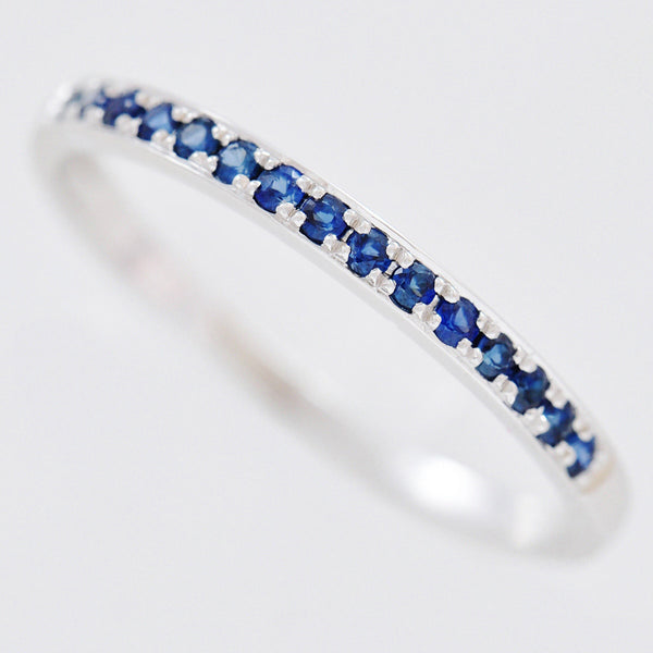 9K SOLID WHITE GOLD 0.20CT NATURAL BLUE SAPPHIRE HALF ETERNITY BAND RING.