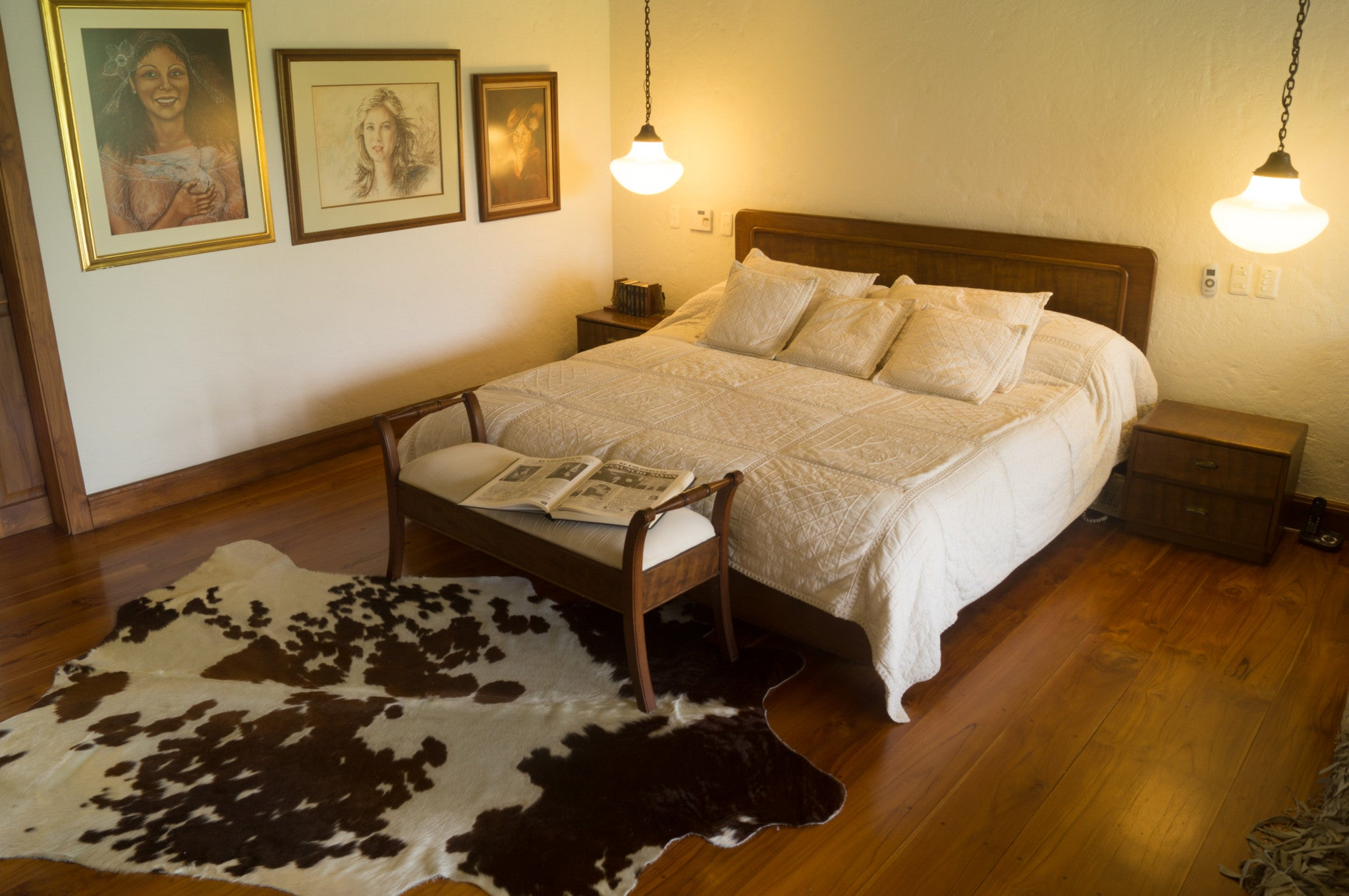Real Cowhide rug Salt and Pepper Tricolor